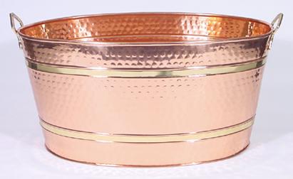 Attirant Oval Eleven Gallon Hammered Copper Beverage Tub